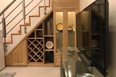 Rao bán nhà 1.8 tỷ, 2 phòng ngủ, 2 phòng tắm, Nguyễn Phúc Lai, Hoàng Cầu, Đống Đa