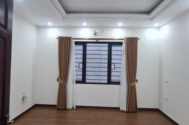 Bán nhà Đường Cổ Linh, Long Biên, 31m2x 5tầng, 2.35 tỷ - Nhà đẹp, nội thất đẹp