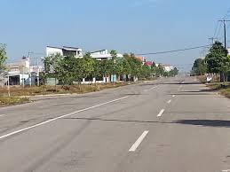 Chính chủ chuyển cư nên cần bán nhanh căn nhà c4 như hình và lô đất, gần đô thị, trg học