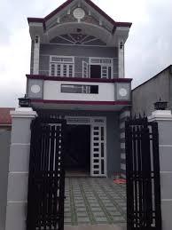 Bán nhà mới xây, DT 96m2 gần chợ Bình Chánh, sổ hồng riêng. LH 0886637988