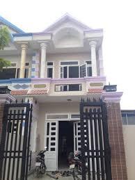 Bán nhà 1 trệt 1 lầu chính chủ, mặt tiền đường TL 835C lớn, cách chợ Bình Chánh 3 km