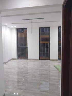 Chính chủ cần bán nhà gấp ngõ 376 Thụy Khuê dt 35 m2 x 5 t mới giá 3,5 tỷ