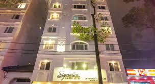 Bán khách sạn 3 sao, góc đường Bùi Thị Xuân, phường Bến Thành, Quận 1