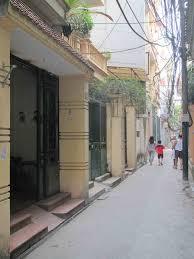 Bán nhà trong ngõ phố Vũ Ngọc Phan, 5 tầng, khu vực đông dân, 4,3 tỷ